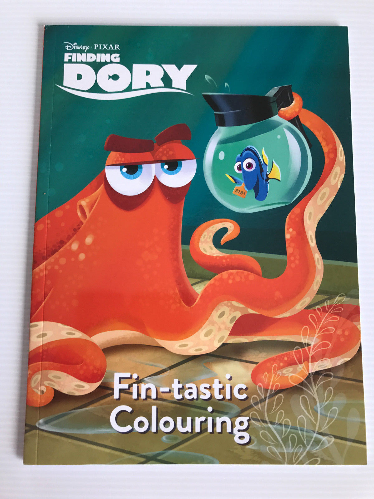 Brand New Disney Pixar Finding Dory 40+ Page Soft Cover Kids Colouring Book