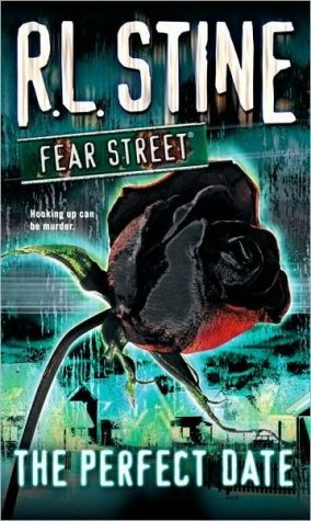 The Perfect Date (Fear Street) Paperback